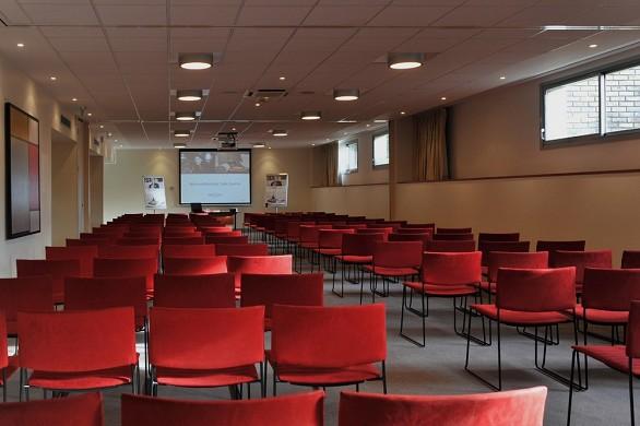 Mercure maurepas saint quentin - conference room