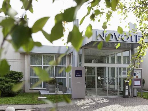 Novotel evry-courcouronnes - home