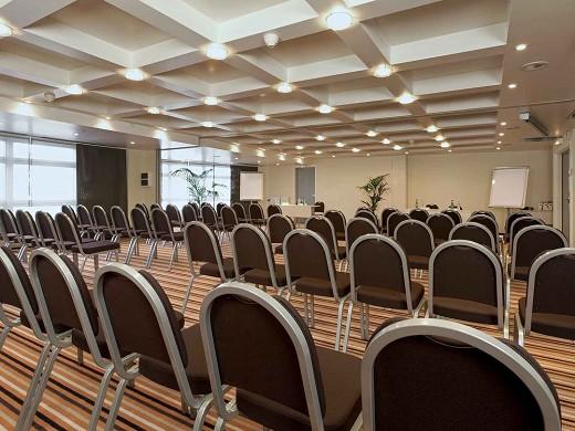 Mercure massy gare tgv - seminar room