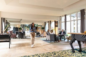 Seminar room: Mercure Country House Parc du Coudray -