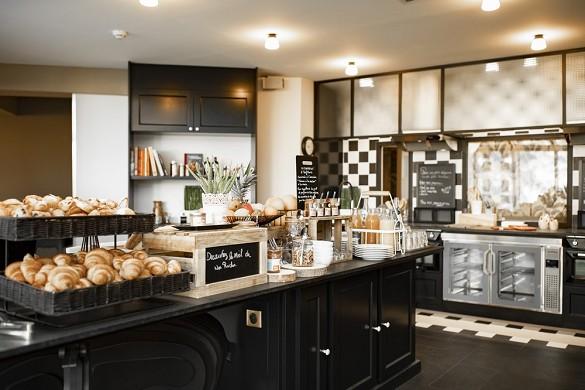 Mercure Landhaus Parc du Coudray - Küche