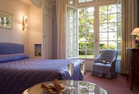 Château de Beaulieu hotel restaurant and spa - room