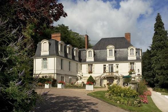 Château de Beaulieu hotel restaurant and spa - facade