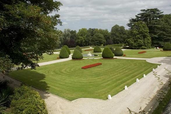 Château de beaulieu hotel restaurant and spa - garden