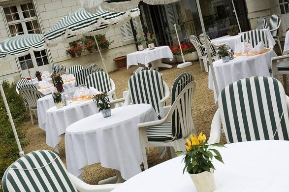 Château de beaulieu hotel restaurant and spa - terrace