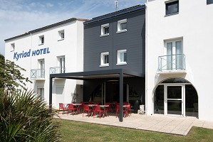 Kyriad La Rochelle Center-Ville - Frontage