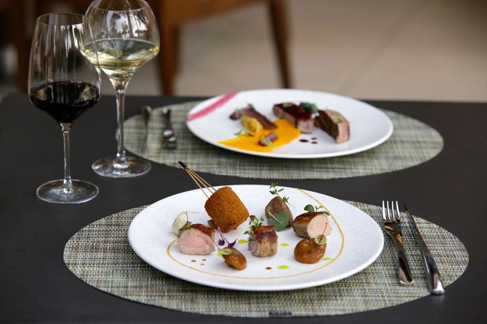 Host e vinum - esempio piatto