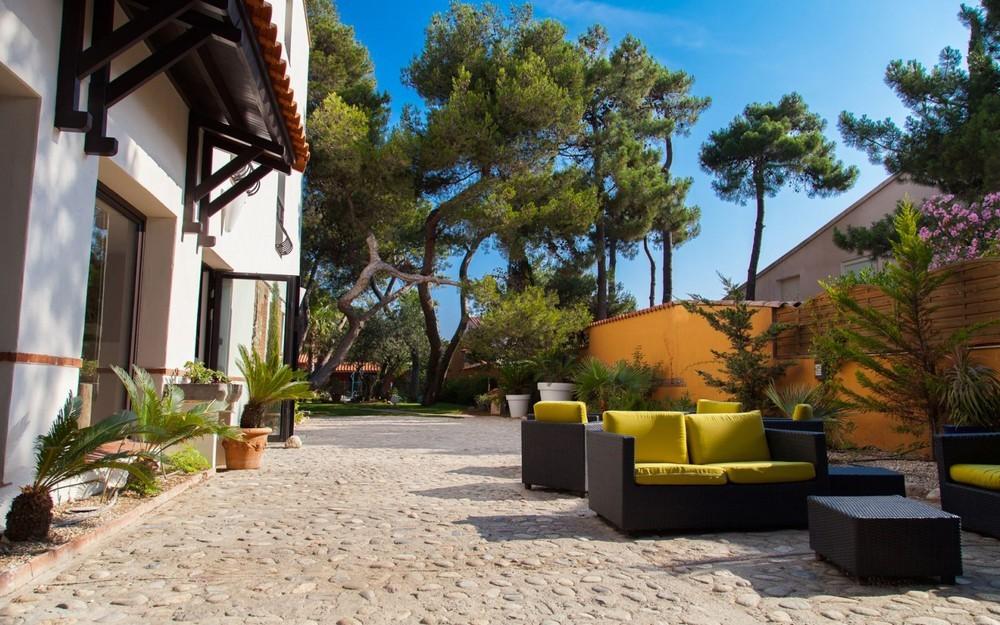 Gastgeber und vinum - Terrasse