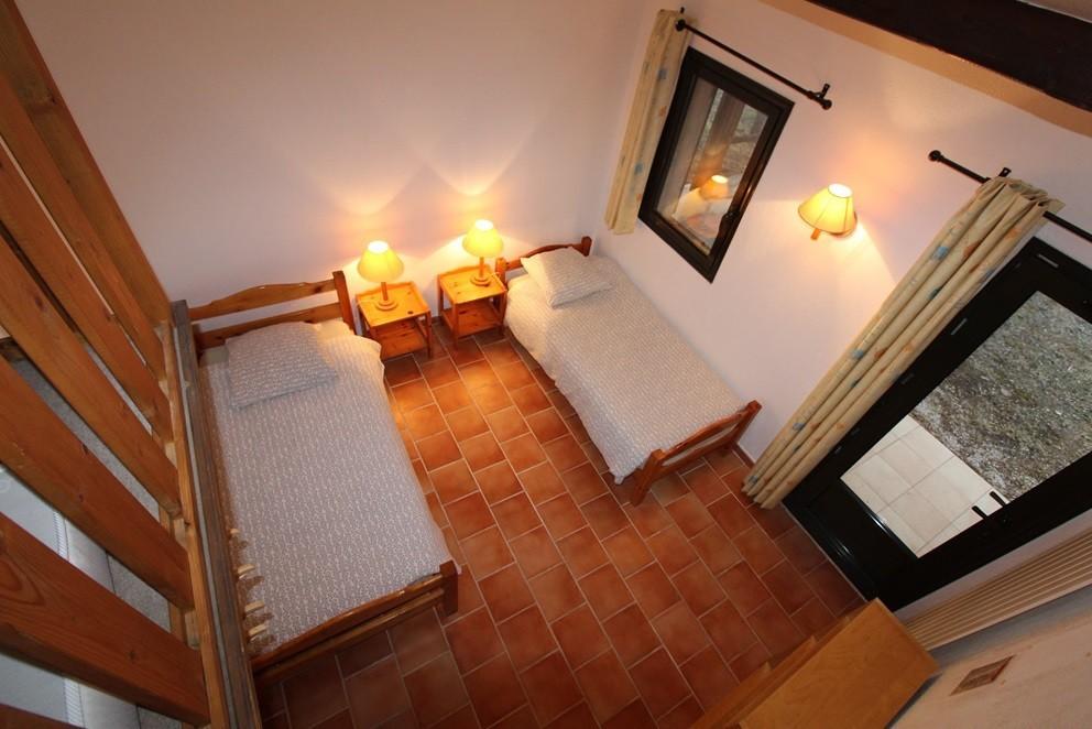 Trimurti village - room