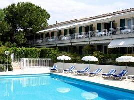 Hotel Auberge du Redier - Swimming Pool