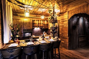 Carousel suite