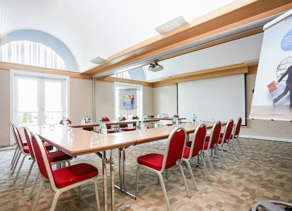 Novotel Lens Noyelles - sala de reuniones