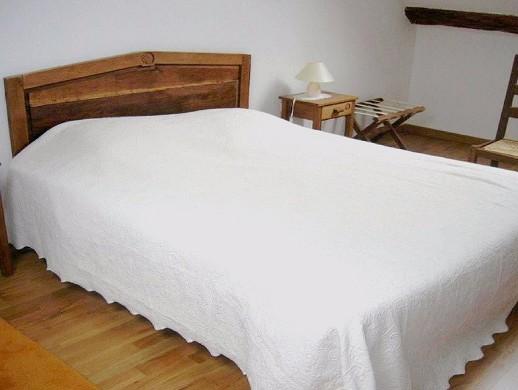 The Relais Saint Jacques de Tournoisis - room