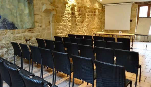 Hotel hojas de acanto - sala de seminario