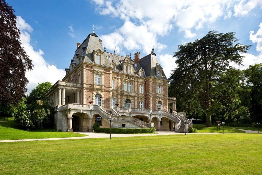Castello di Bouffémont - facciata