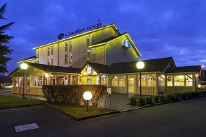 Comfort Hotel CDG Goussainville - In the evening