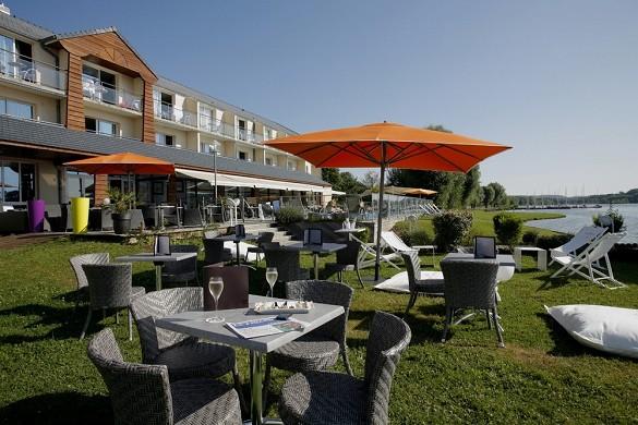 Das ursprüngliche Golfhotel des Flügels - außerhalb des Hotels