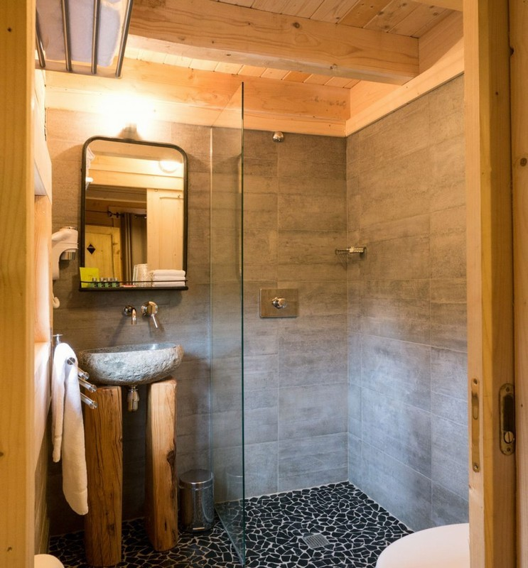 Hotel cabins in the woods - bathroom