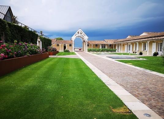 Chateau leoville-poyferre - jardín