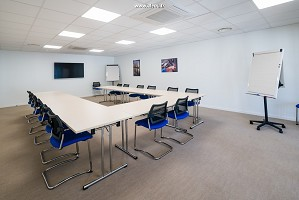 3e 15 meeting room at 20 places - La Divine Fromagerie