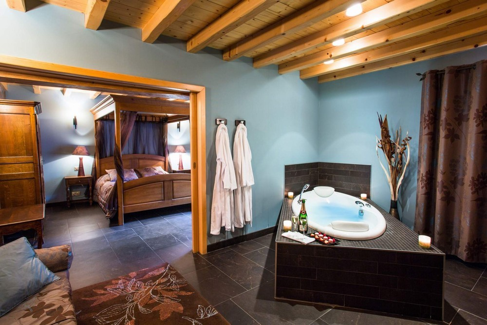 Cf le castel damandre 19 suite junior privilege jacuzzi_9122