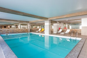 The Vancouver - Pool