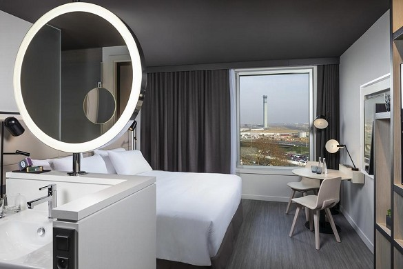 Innside by melia paris Charles de Gaulle - room