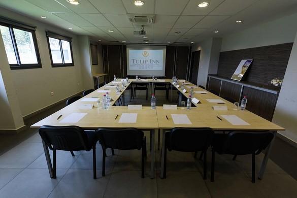 Tulip inn saint clotilde the meeting - seminar room