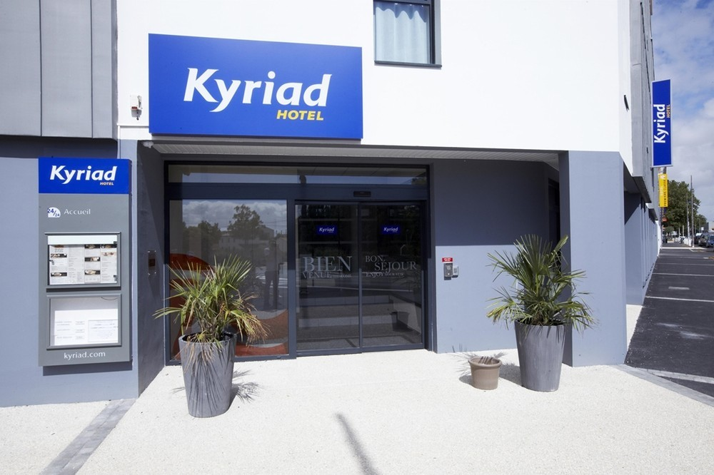 Kyriad la rochelle center the minimes - home