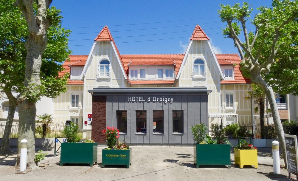 Orbigny Hotel - exterior
