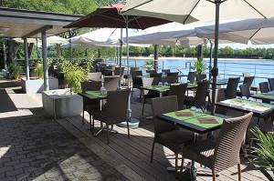 Gourmet du Lac - Terraza