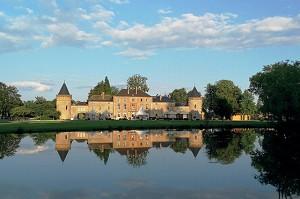 Domaine Château du Faucon - Seminario de lujo Veneto Ardnenes