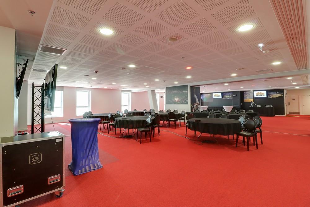 Salon Huit - Paris la Défense Arena