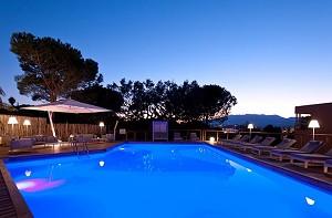 Isulella Hotel und Restaurant - Pool