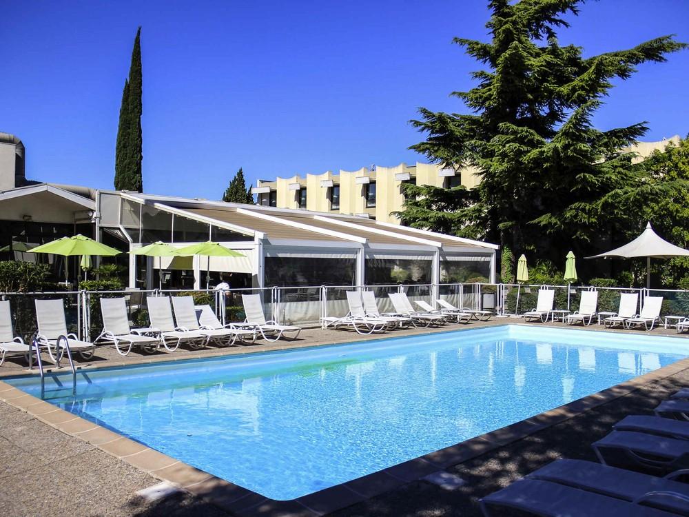 Novotel Marseille is - pool