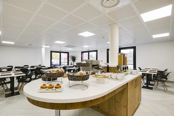 Brit hotel loches - breakfast buffet from brit hotel loches