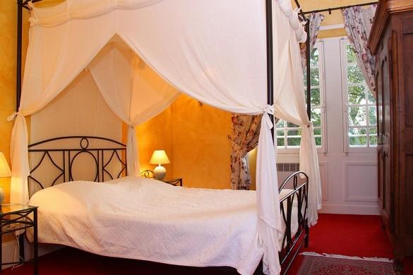 Chateau de Razay - bedroom