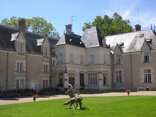 Chateau de Razay - facade