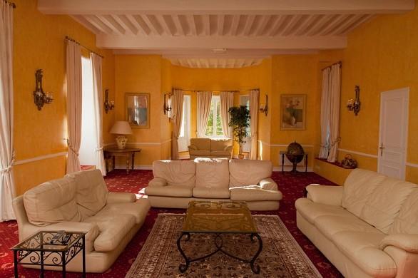 Chateau de Razay - living room