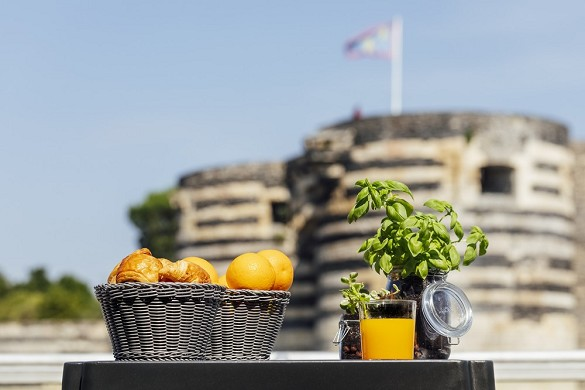 The Angers terrace - fresh products