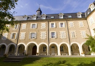 Jules Chevalier Centro Internacional - exterior