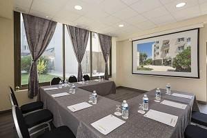 Sala riunioni alla luce del giorno