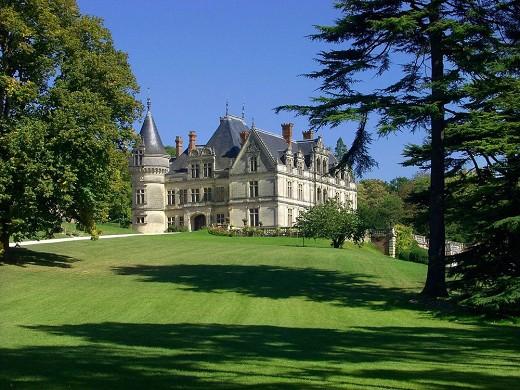 Chateau de la bourdaisiere - exterior