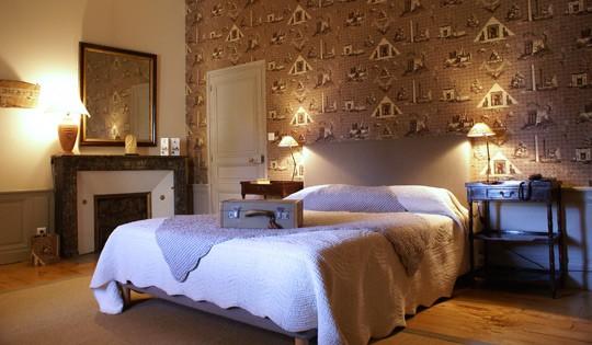 Chateau de reignac on 2 room Indre