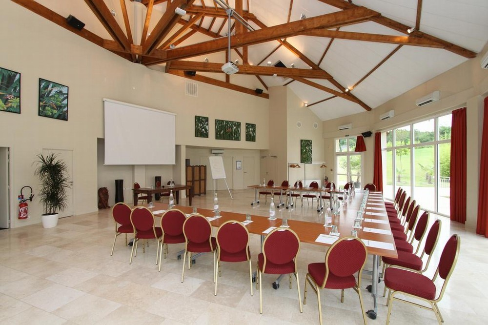Zooparc the hotels of beauval - salle en u