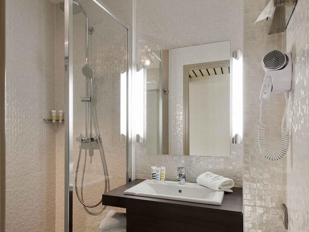 Mercure Vannes Le Port Salle Séminaire Vannes - Salle de bain vannes
