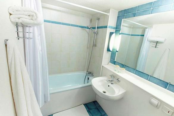 Campanile Saint-dizier - baño