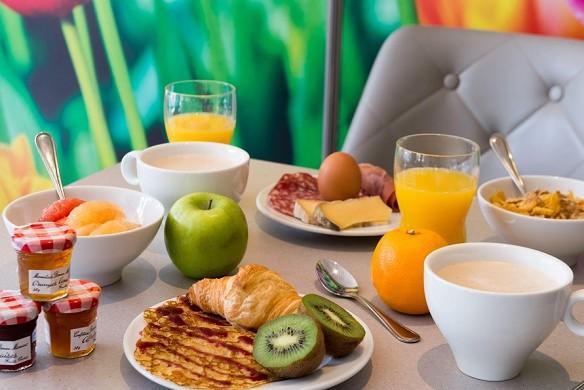 The originals city, hotel south garden tour - breakfast
