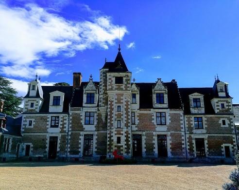 Chateau de Jallanges - facade