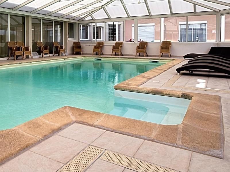 Hostellerie du mont aime - piscina